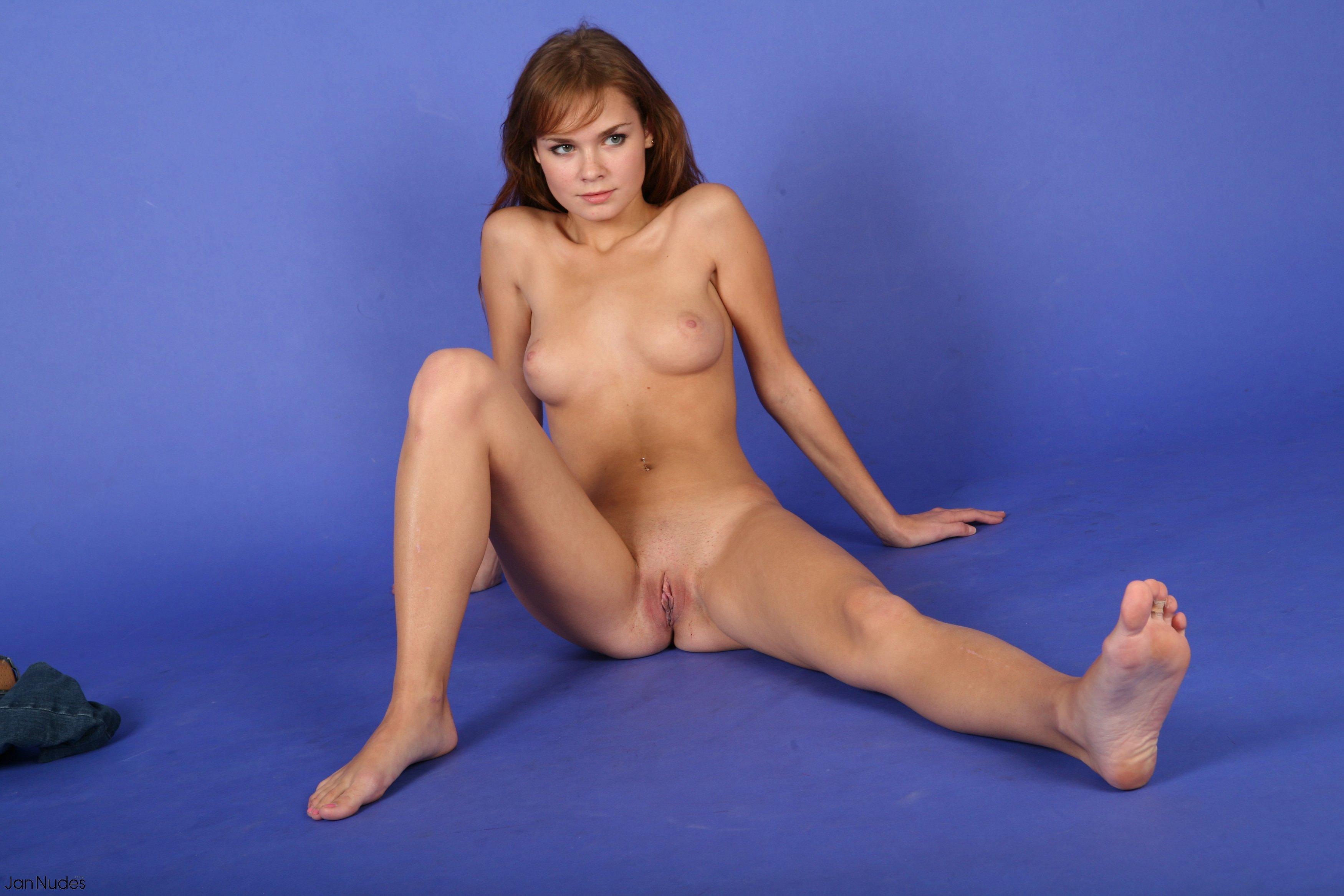 casting nudes