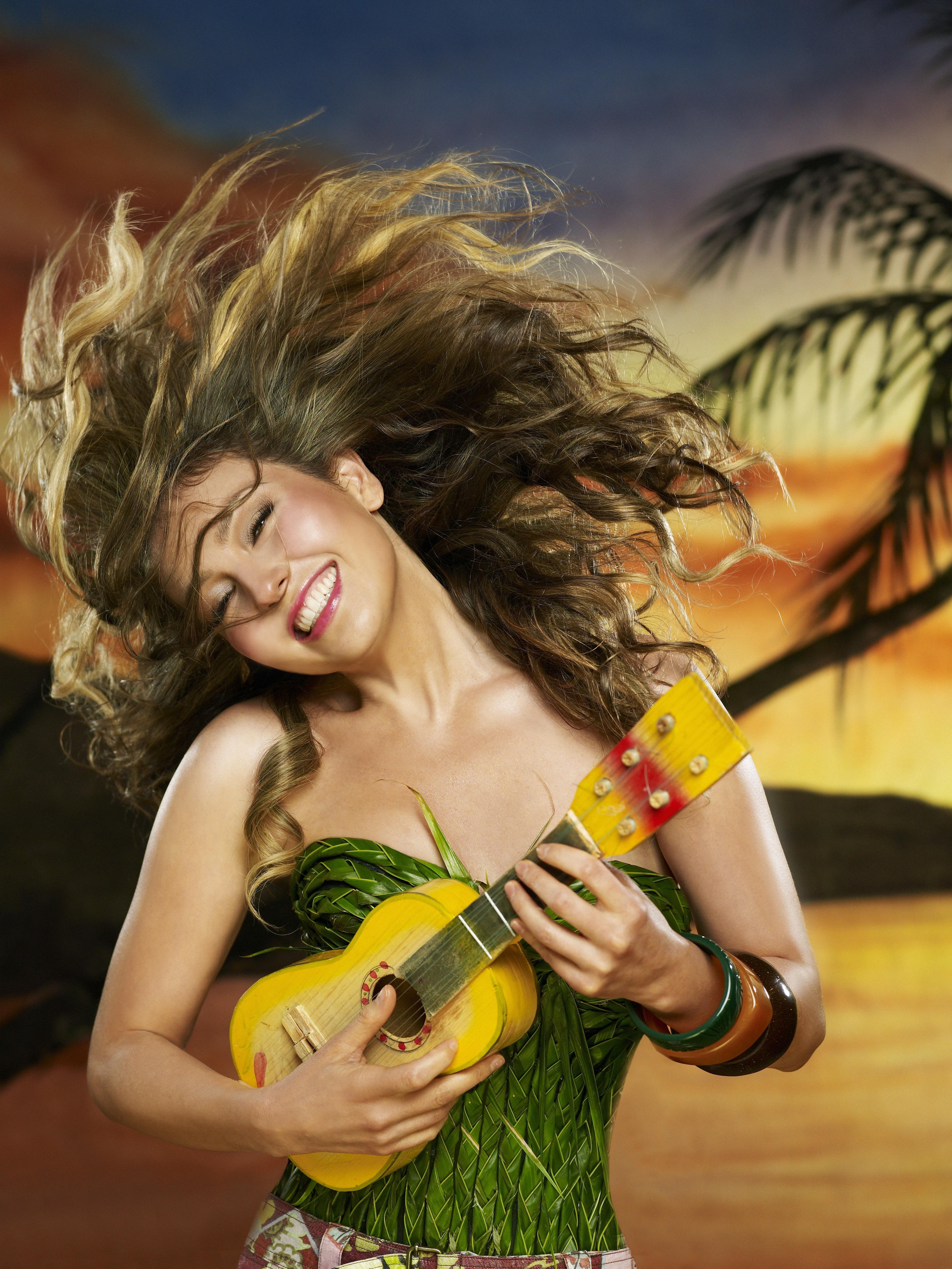 thalia music promos lunada 003