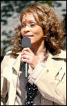http://s1d4.turboimagehost.com/t/2081881_whitney-houston-919-5.jpg