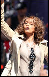 http://s1d4.turboimagehost.com/t/2081884_whitney-houston-919-8.jpg